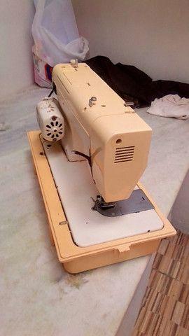 Máquina de Costura Elgin Zigzag - Foto 2