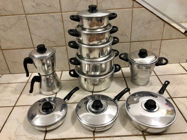 Jogo de panelas, cuscuzeira, frigideiras, cafeteira  - Foto 5