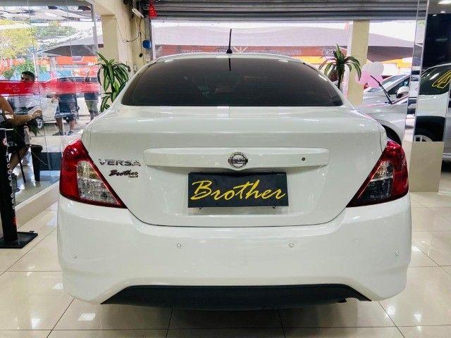 Nissan Versa Sl 1.6 2016 - Foto 4