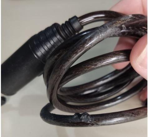 Lanterna Led Ciclope de Cabeça a Pilha Brinde Cadeado Bicicleta - Foto 5