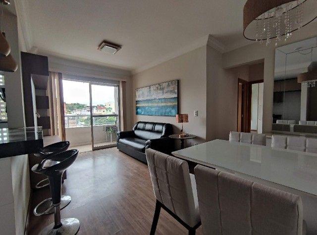 Ap1750 - Apartamento 2 quartos, suíte com móveis à 400m da UFJF - Foto 2