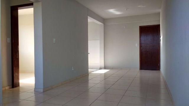 Apartamentos Grandes Divin 243 Polis Mg Venda Casas E