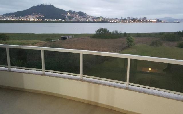 Apartamento semi-mobiliado 4 dormitórios 2 vagas lazer completo vista mar João Paulo!