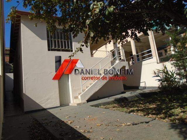 Casa de lote inteiro com quintal no melhor local do bairro Santa Helena - Foto 5