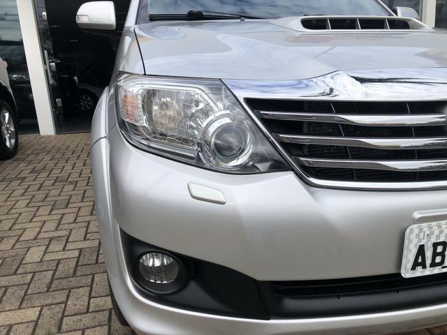 Toyota Hilux Sw4 3.0 Disesl Aut. 4x4 - Foto 7