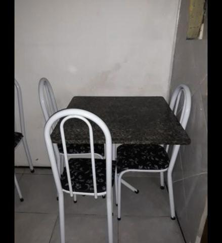 Mesa com pedra de mármore com 4 mês de uso - Foto 3