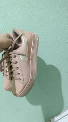 Vende essa sapato feminino