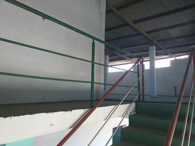 Vende-se um prédio, uma antiga escola em Vida Nova - Foto 5