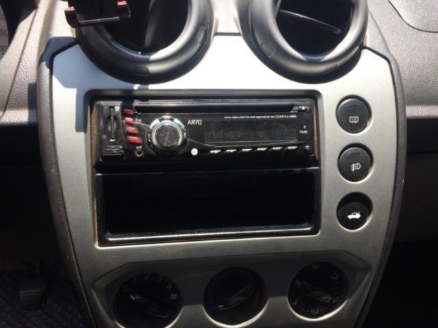 Ford Fiesta Sedan Class 1.6 2009/2010 Completo - Foto 17