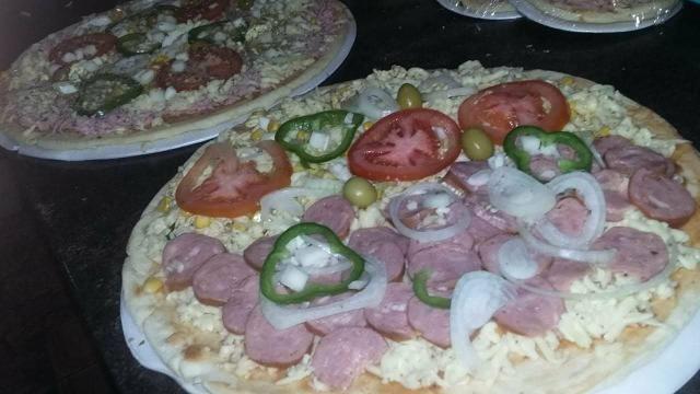 Pizzas brotinhos, mini, e grande - Foto 2