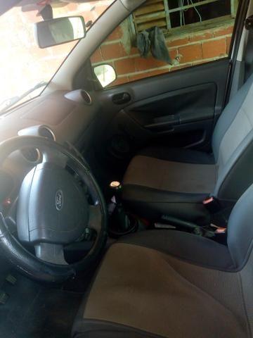 Ford Fiesta Sedan 1.0 - Foto 6