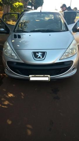 Vendo Peugeot 207 - Completo Ano 2010 - Foto 4