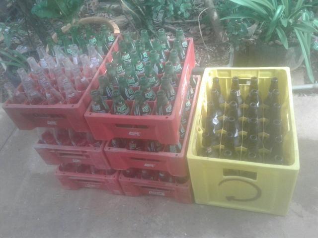 Vasilhames de refrigerante e de cerveja - Foto 2