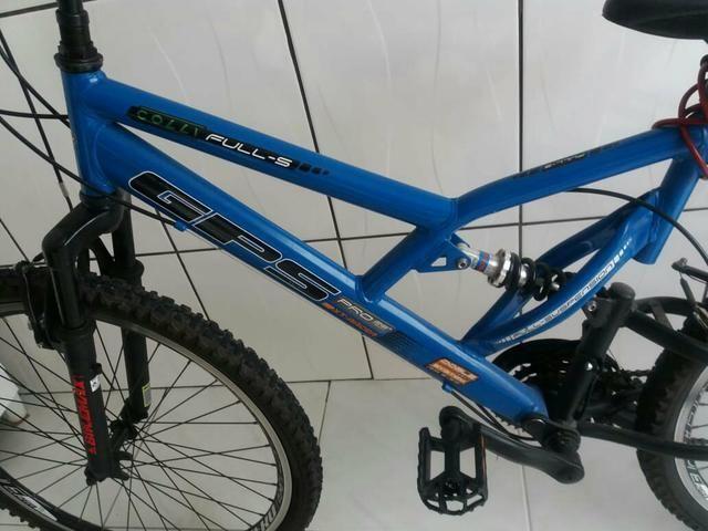 Barbada! bicicleta semi nova aro 26!!! - Foto 3