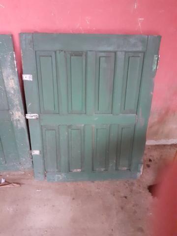 1 porta e 2 janelas usadas em bom estado + 1 de brind - Foto 2