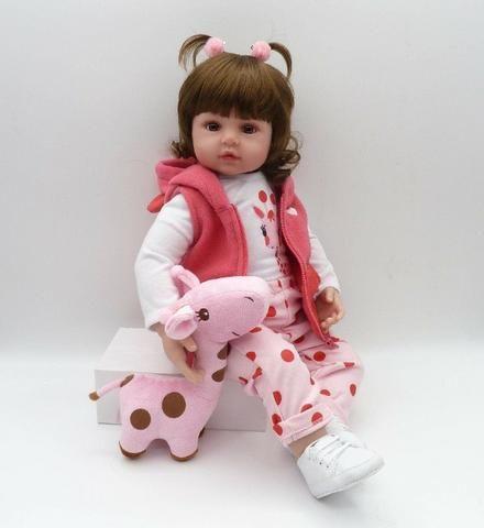 Boneca Bebê Reborn 48cm com girafinha - Foto 2