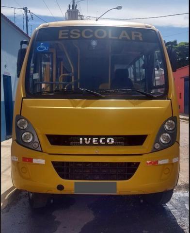 Microônibus iveco 2012 - Foto 5