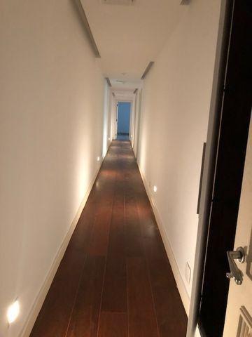 450m 5 quartos e varandão ! - Foto 7