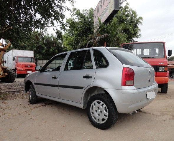 VW Gol 1.0 2011/2012 com ar condicionado - Foto 13