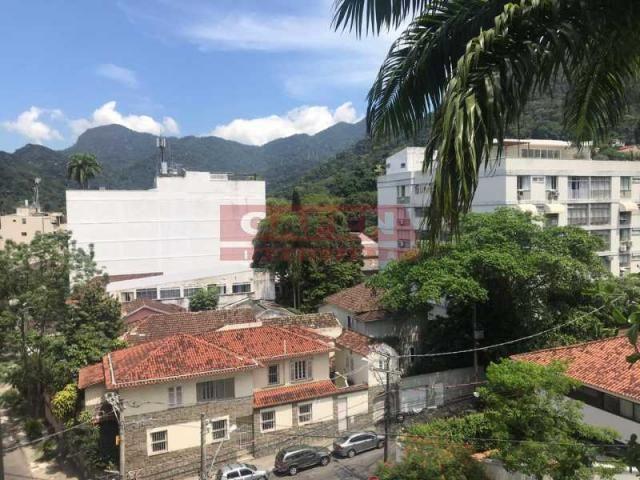 Apartamento à venda com 3 dormitórios em Jardim botânico, Rio de janeiro cod:GAAP30544