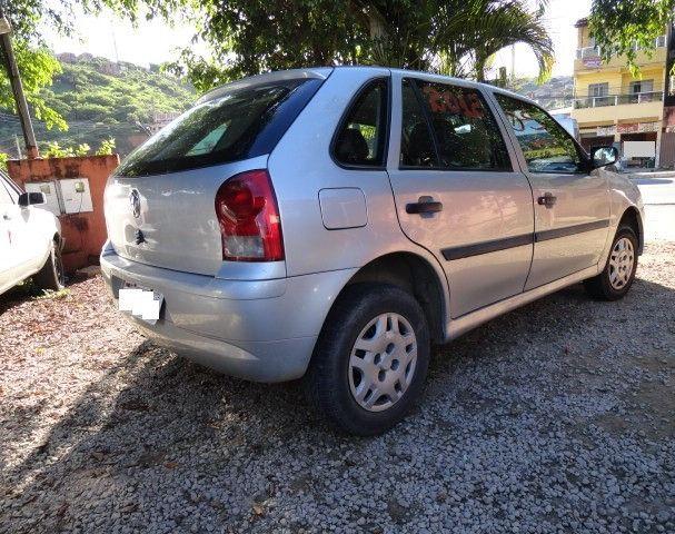 VW Gol 1.0 2011/2012 com ar condicionado - Foto 9