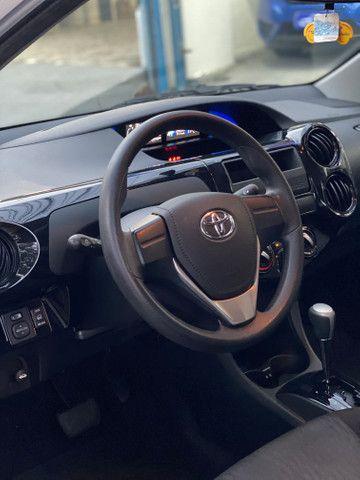 Etios sedan - Foto 11