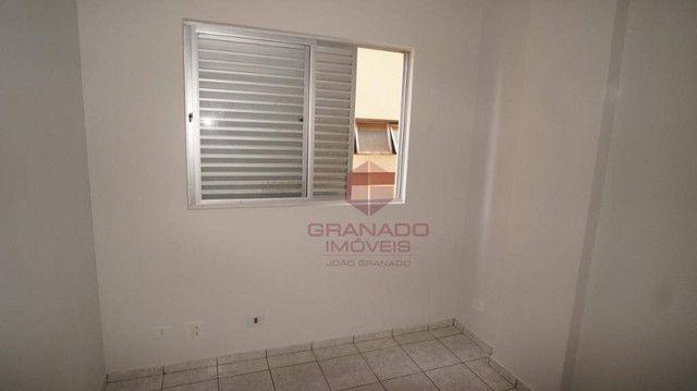 Apartamento com 3 dormitórios para alugar, 70 m² por R$ 1.300,00/mês - Zona 07 - Maringá/P - Foto 7