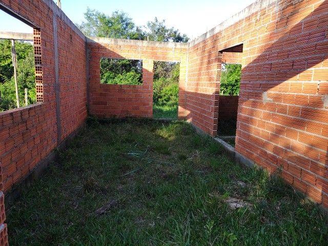 Vendo terreno com casa em obras em Garopaba - Foto 5