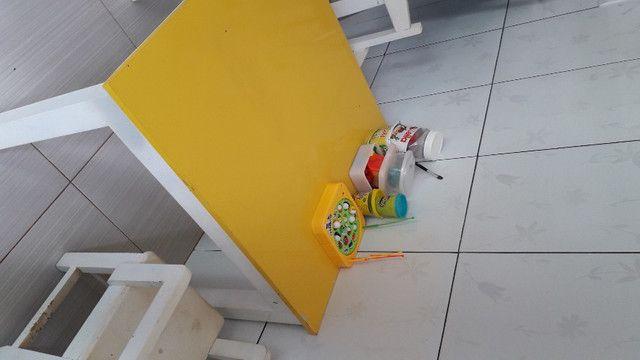 Mesa com 4 cadeiras (MDF)