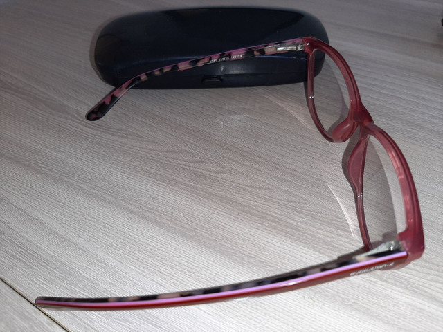 Armação de óculos de grau seminova - Foto 2