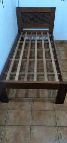 Cama de Solteiro de madeira Maciça - Foto 3