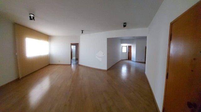Apartamento à venda com 3 dormitórios em Centro, Campo grande cod:BR3AP12853