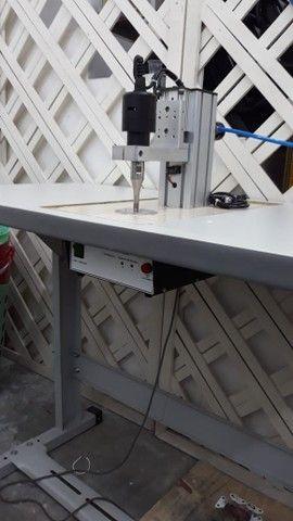 Máquina de solda por ultrassom para soldagem de elástico