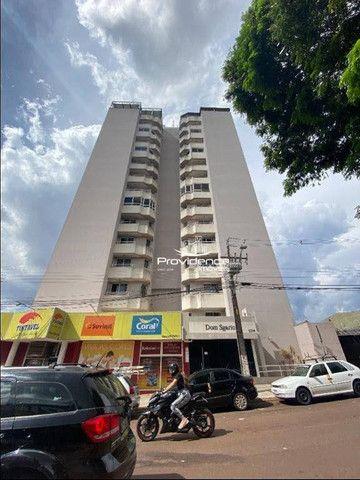 Apartamento com 3 dormitórios para alugar, 61 m² por R$ 1.250,00/mês - Centro - Cascavel/P