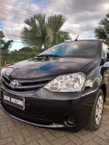 Toyota Etios sed aut 36000km - Foto 2