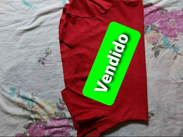 Vendo esta camiseta feminina por 25 reais. Esta baby look. 100%Algodão. Por 32 reais! - Foto 2