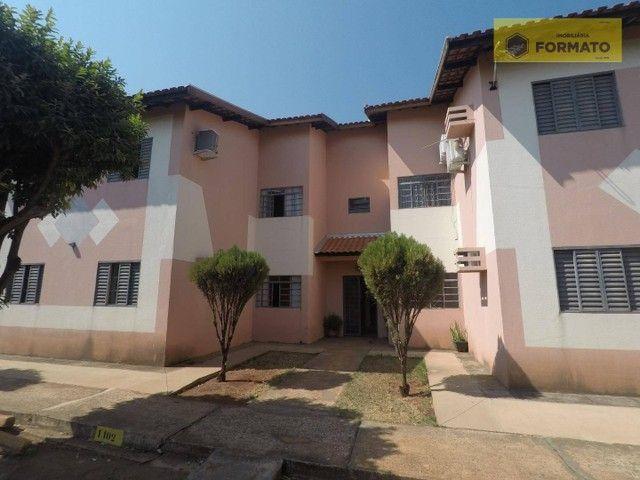 Apartamento com 2 dormitórios para alugar, 75 m² por R$ 700,00/mês - Jardim São Lourenço - - Foto 2