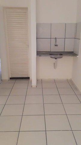 Aluga-se apartamentos e kitnets  - Foto 4