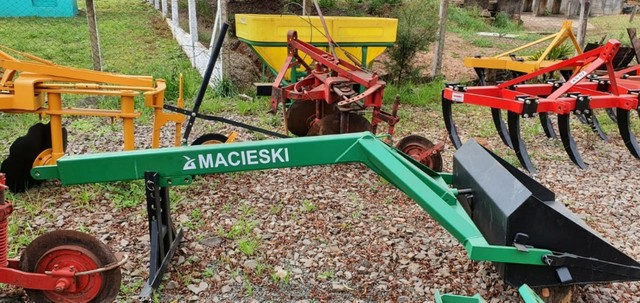 Concha/Pá Traseira com Acionamento Manual Macieski Nova - Foto 3