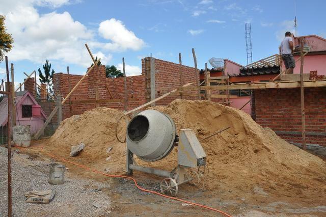 Construções e Serviços llj