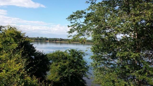 Linda fazenda as margens do rio tocantins D-04