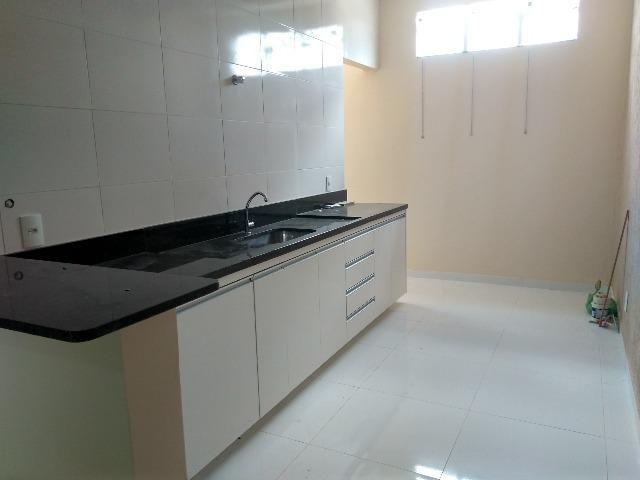 Apartamento Novo 2 Quartos Suíte | 80m² Cozinha Planejada, Sacada, Porcelanato, DF-425 Sob
