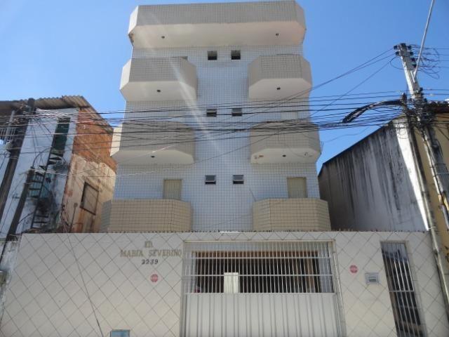 AP0017 - Apartamento 80m², 3 quartos, 1 vaga, Ed. Maria Severino, Centro, Fortaleza