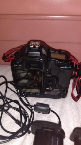 Camera Canon profissional eos-1ds Mark lll - Foto 6