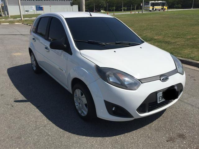 Ford Fiesta 1.0 2013 completo