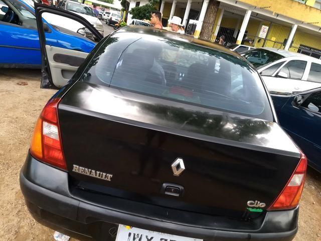 Renault sedã 2005 quitado 12xno cartão - Foto 5