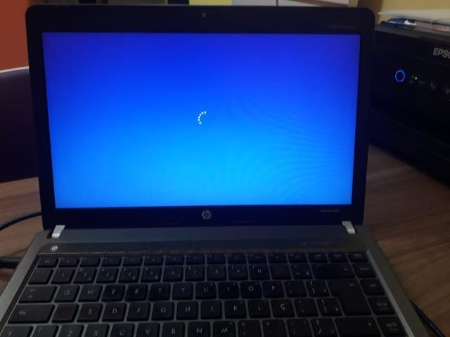 Vendo um HP 2011 semi novo