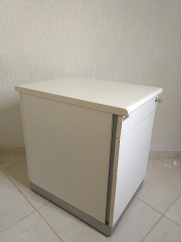 Bancada de trabalho MDF branco + cadeiras de escritório+ móvel arquivo - Foto 6