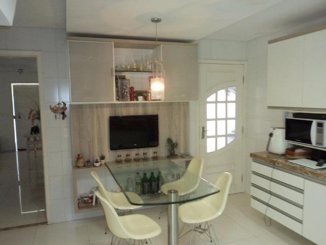 CA0597 - Casa duplex em condomínio com 3 suítes, 3 vagas e lazer no Eusébio - Foto 4