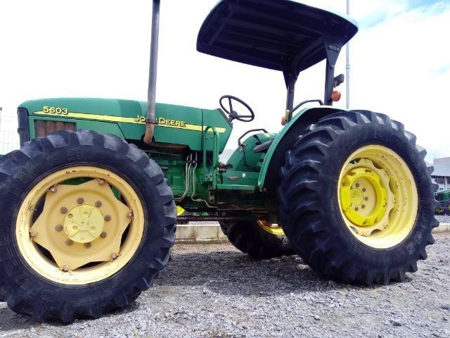 Trator John Deere 5603 - 75cv